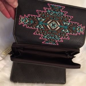 Montana West Bags - A Montana West Cross Body Handbag & Wallet